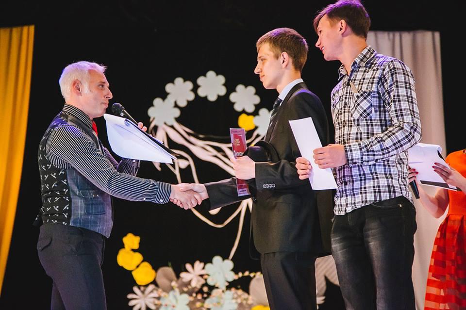 """""""Кращий студент України - громадський діячі"""""""